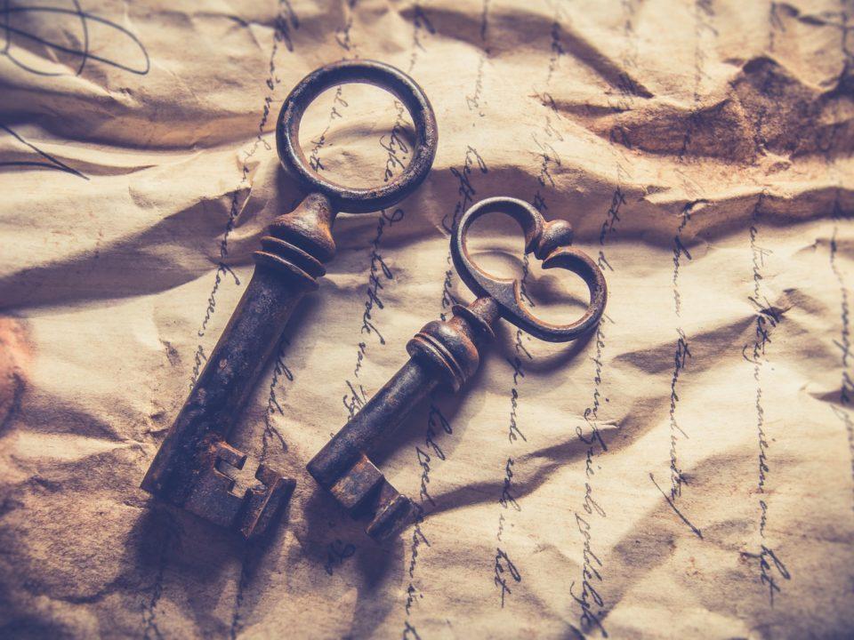 kaksi avainta vanha kirje kellastunut