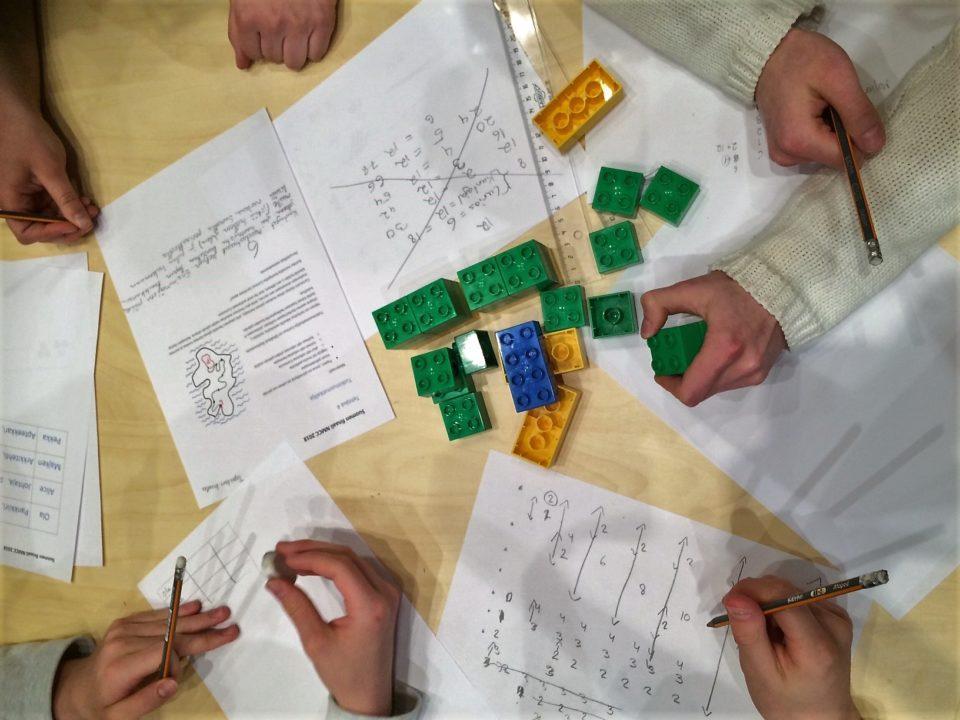 matematiikka suunnittelu legopalikoita värikäs