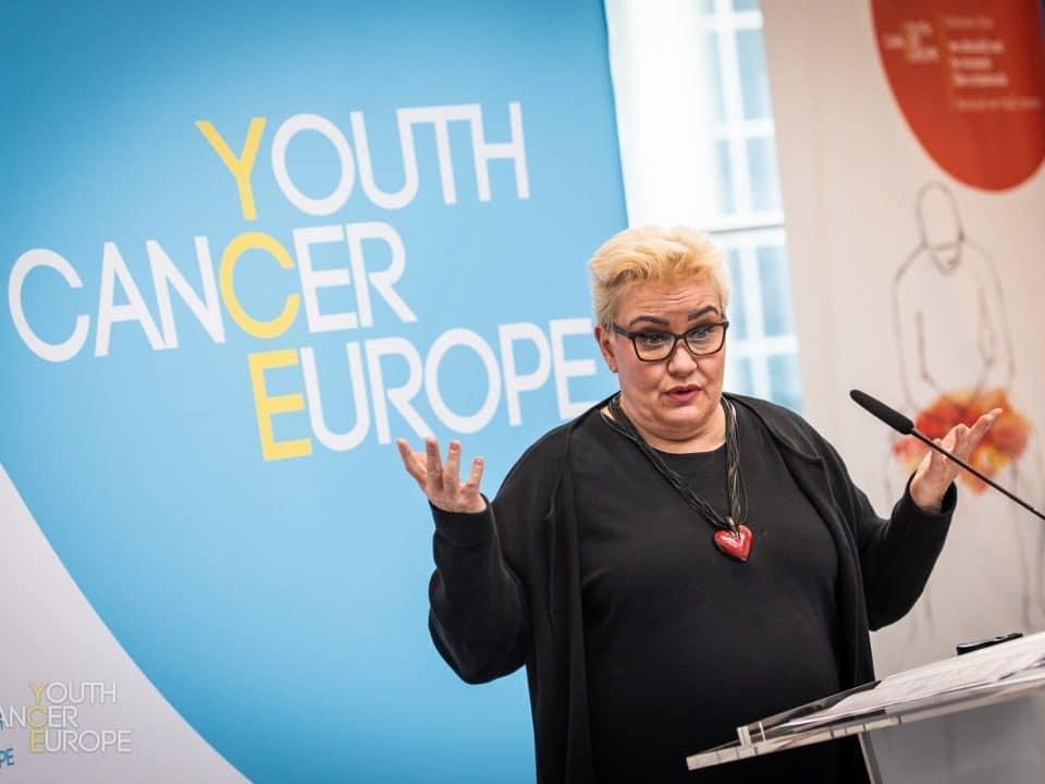 Sirpa Pietikäinen puhuu Oikeus tulla unohdetuksi -tilaisuudessa Brysselissä